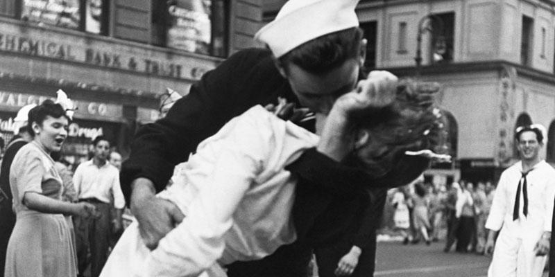 Movie Music Monday, Wartime Music, Sentimental Journey via @PatFurstenberg #ww2 #wartime #moviemusicmonday