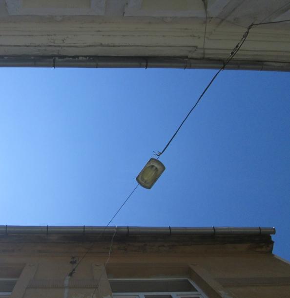 A lamp post doing a split in Brasov. Image by @PatFurstenberg