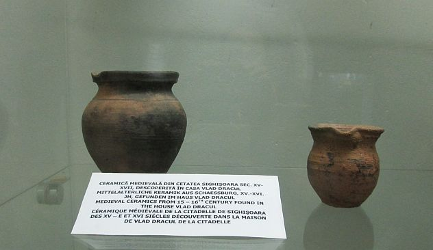 medieval ceramics found in the house of Vlad the Impaler, Vlad Dracul
