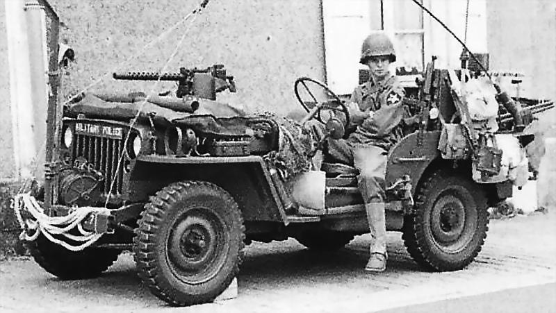 US jeep WWII - journey heroes Oshkosh vehicle
