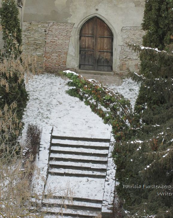 Sighisoara, the church on the hill and the meaning of the first snow and Saint Nicholas