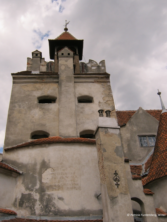 Travel to Romania via some Amazing Photos - Bran Castle