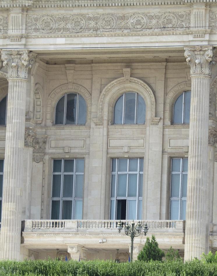 Doors from Bucharest or Paris? Guess!