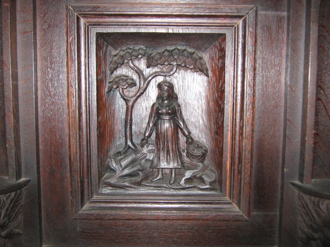 The Braveheart who Freed the Sun, 1 st of March, 1 Martie, Mărțișor, Wooden carved door at Bran Castle