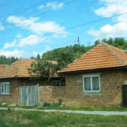 Time Stands Still in Romania, a quiet village along the road to Bran Castle