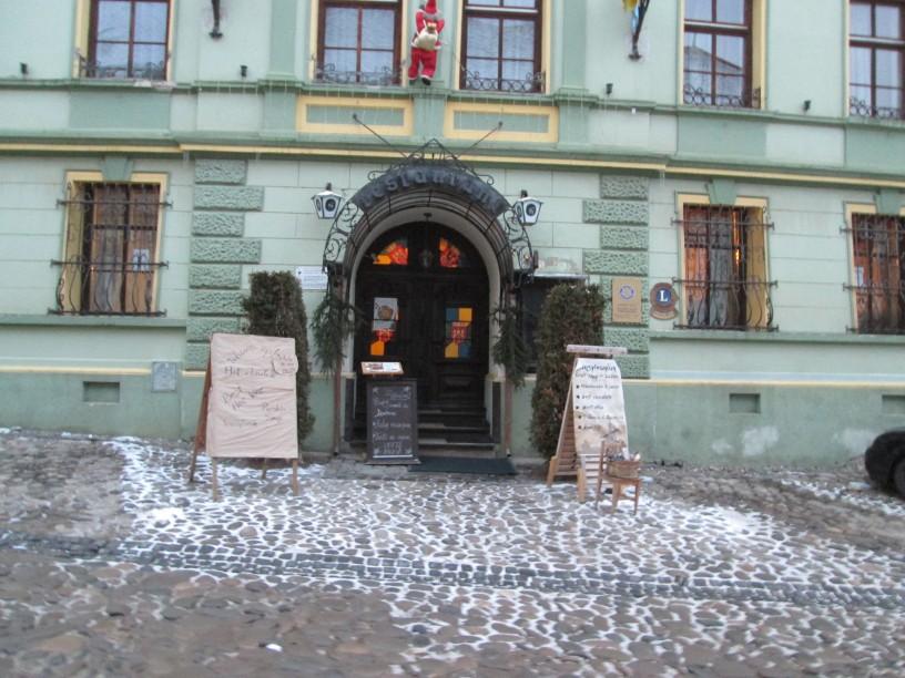 Thursday Doors - Sighisoara in winter