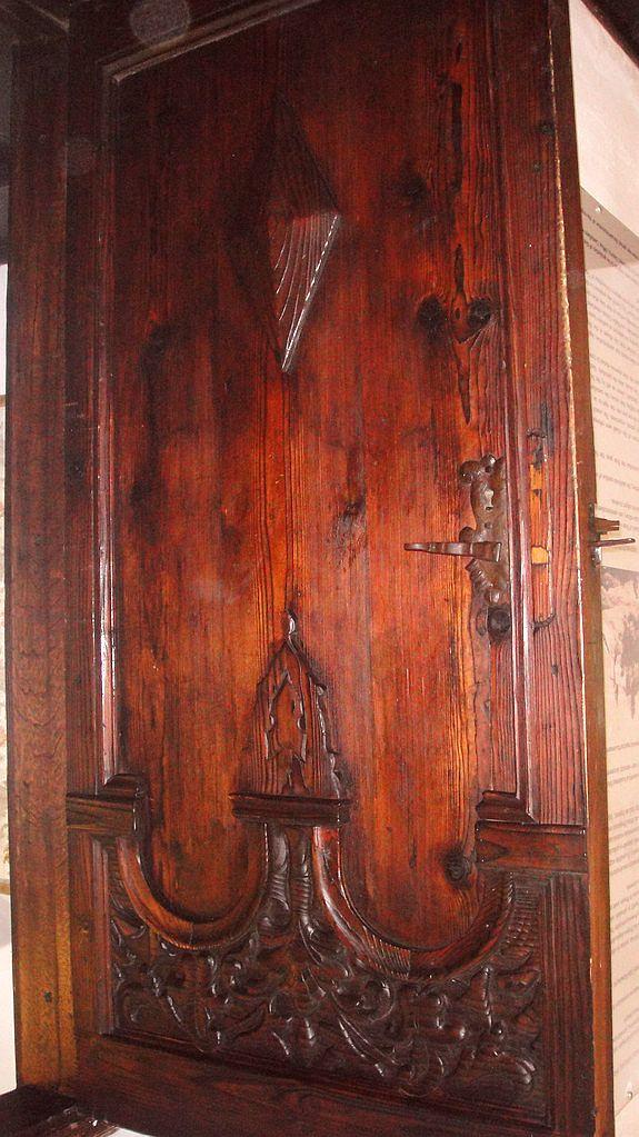 Bran Castle carved door wood