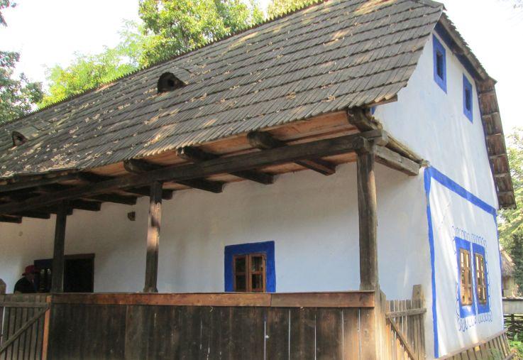 House with blue details, museum, Câmpanii de Sus, Bihor